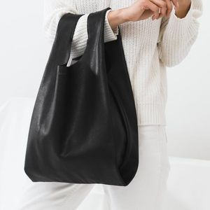 Baggu classic leather tote bag purse black